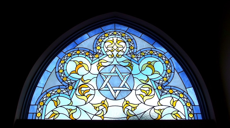 stained glass synagogue